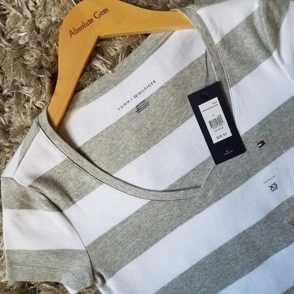 b2f2834e Tommy Hilfiger Tops | Nwt Wide Stripes Logo V Neck Tee Xs | Poshmark